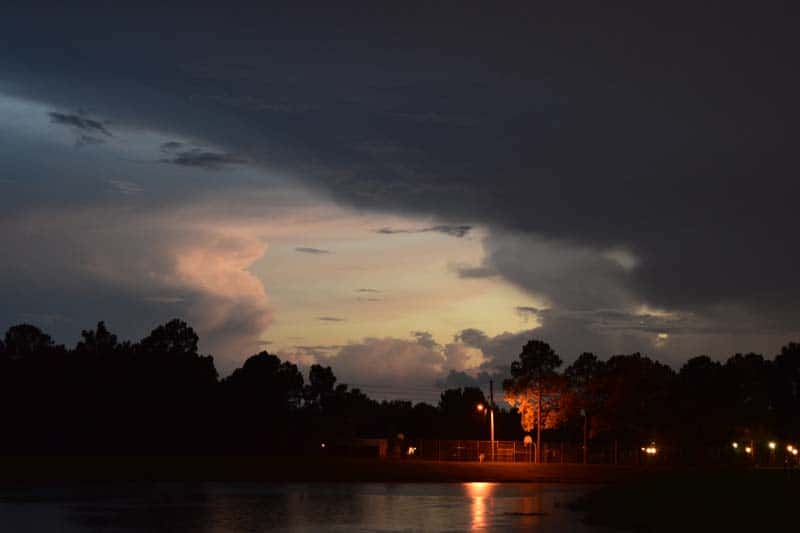 Sunset_between_rainstorms_sm