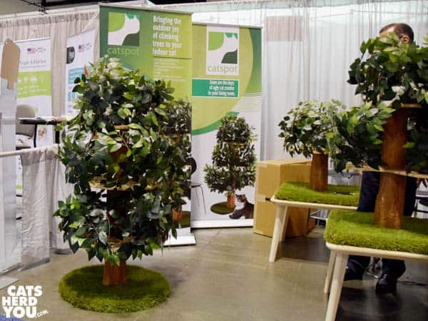Leafy cat tree from Catspot at Global Pet Expo 2016 #globalpetexpo