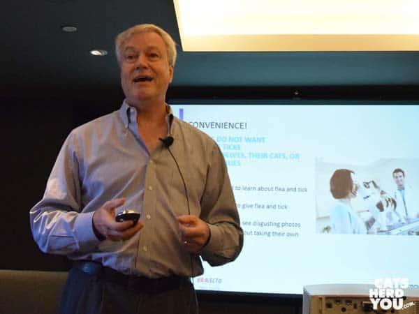Dr. Robert Armstrong speaks at BlogPurr
