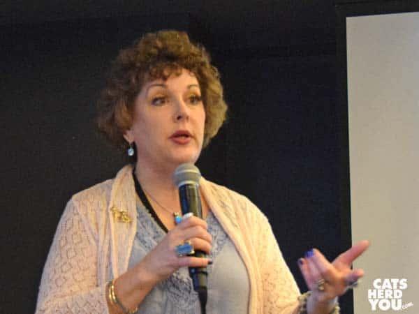 Amy Shojai speaks at BlogPurr