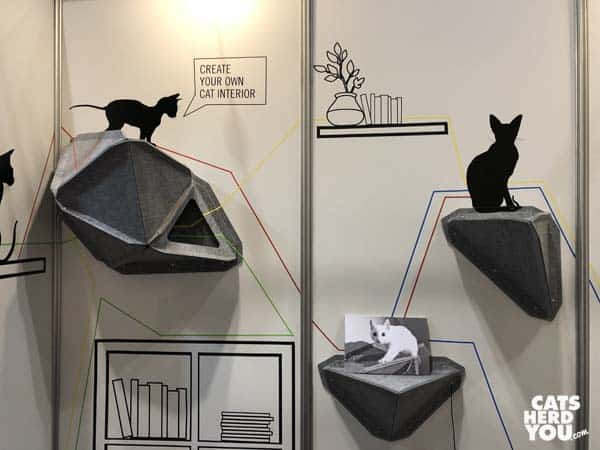 Miut cat wall shelves